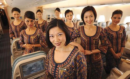 Singapore-Flight-Attendants-A380-420x0